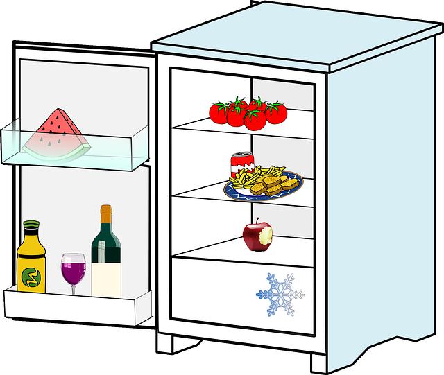 poloprázdná lednice.png