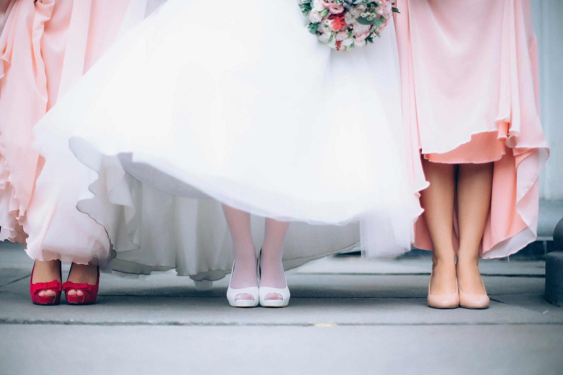 nevěsta s družičkami